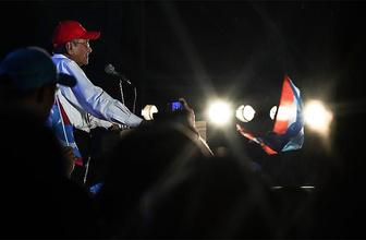 Malezya'da muhalefet seçimleri kazandı