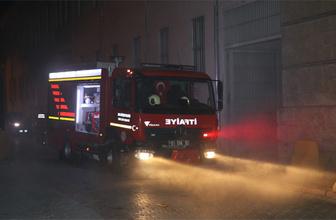 Adana adliye binası bodrumunda yangın