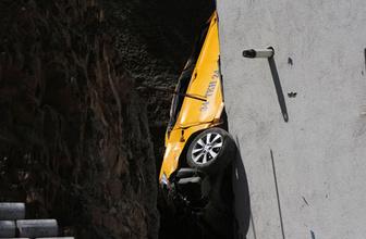 Kağıthane'de inanılmaz kaza mahalleli şaşkın gözlerle izledi