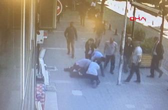 Sokakta karısını döven adamı evire çevire dövdüler!