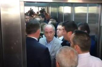 Muharrem İnce'nin CHP Genel Merkezinde asansör krizi