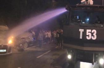 Bayrampaşa'da yanan otomobile TOMA ile müdahale