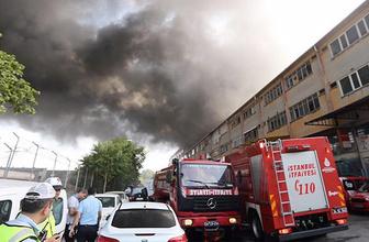 İstanbul'da iplik fabrikası alev alev yandı