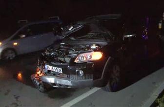 Arızalanan aracı için yardım isterken otomobil çarptı