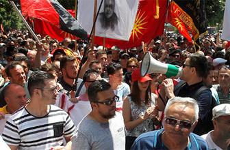 Bu kez diğer tarafta protesto: Sokağa döküldüler!