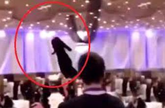 Suudi Arabistan'daki tuhaf defile görenleri şaşkına çevirdi