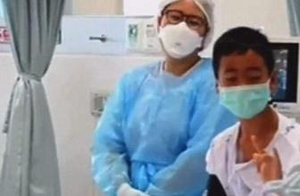 Tayland'da kurtarılan çocuklar ilk kez görüntülendi!