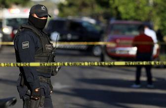 Silahlı saldırı! 3 polis hayatını kaybetti