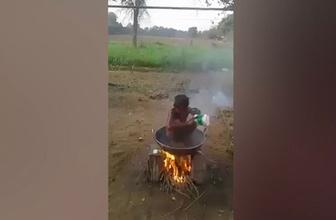 Kendine has yöntemle duş alan çocuk sosyal medyayı salladı!