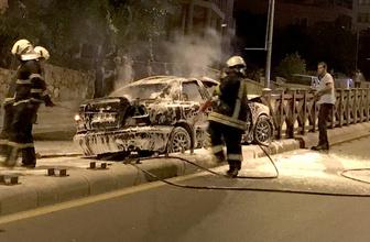 Kazada alev alan otomobilden sağ çıktılar