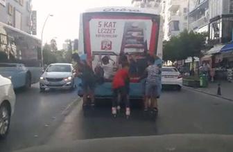 Trafikte korku dolu anlar! Ölümle burun buruna yolculuk