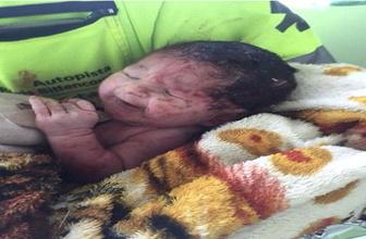 Hamile kadının karnından bebeği fırladı!