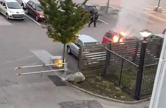 İsveç'te 80 otomobil kundaklandı