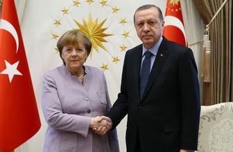 Merkel'den açıklama! Türkiye'nin yardıma ihtiyacı yok