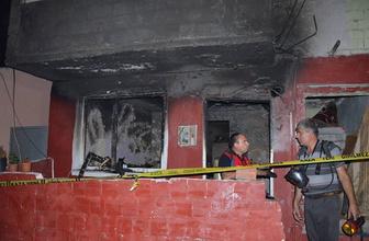 Çanakkale'de ev yangını: 1 ölü 2 yaralı