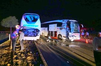 Çorum'da iki otobüs çarpıştı: 13 yaralı