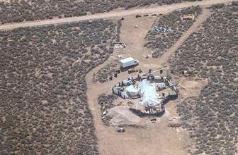 ABD'de evde aç ve susuz kalmış 11 çocuk kurtarıldı