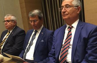 İYİ Parti'de deprem! Üç kurucu üye istifa etti