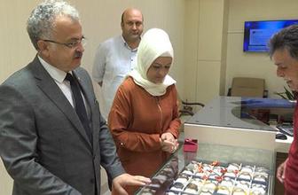 Erdoğan'ın çağrısı sonrası o başkan eşinin altınlarını bozdurdu