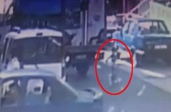 İstanbul'da kamyonet 3 yaşındaki çocuğu altına aldı!