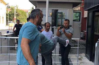 Yakalanan cezaevi firarisinden basın mensubuna saldırı!
