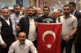 ABD'de serbest bırakılan Sinan Narin İstanbul'a geldi