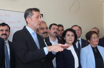 Bakan Ziya Selçuk'tan öğrencilere Mustafa Kemal tavsiyesi