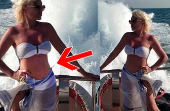 Ajda Pekkan'ın bikinili pozu olay! Fotoşopu abarttı göbek deliğine bakın