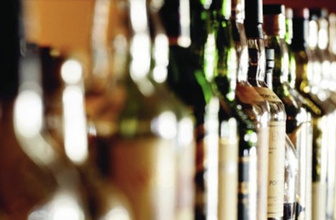 İran'da sahte içki faciası ölü sayısı artıyor