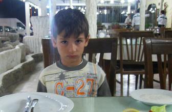 Rize'de serinlemek için dereye giren çocuk boğuldu!