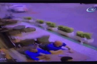 İzmir'de dehşet anları! Otomobil restorana böyle daldı
