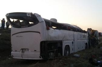 Aksaray'da yolcu otobüsü devrildi: 6 ölü