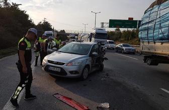 TIR ile otomobil çarpıştı: 2 polis yaralandı!