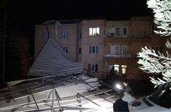 Bursa gece felaketi yaşadı! Birçok ev ve araç hasar gördü