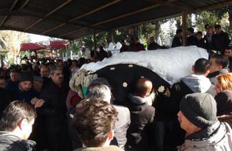 Ukrayna'da öldürülen Buket Yıldız'a gelinlikli veda