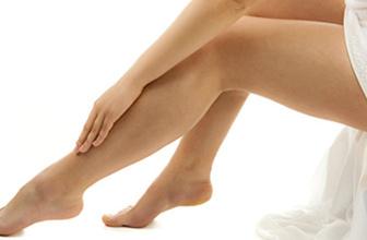 Huzursuz bacak sendromu nedir? Uykusuzluğa neden oluyor