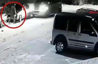 Konya'da korkunç kaza! İki otomobilin arasında kalıp ölümden döndü