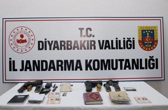 Terör örgütü PKK'yla ilgili dikkat çeken gelişme tabancalarla köylerde...