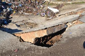 Hatay'da köprü çöktü: Kamyon devrildi!
