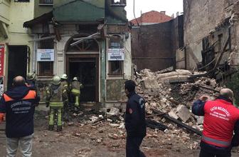 İstanbul'da son dakika gelişmesi! Yedikule'de bina çöktü!