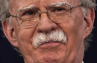 Pos bıyık John Bolton'ın aklı da fos çıktı Venezuela için bakın ne önerdi?