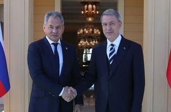 Bakan Akar, Rusya Savunma Bakanı Şoygu ile görüştü