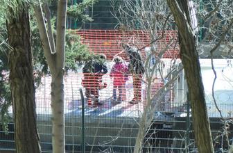 İstanbul'da kan donduran olay: Kızlarını raylarda terk etti!