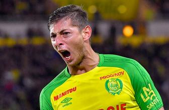 Nantes, 9 numarayı emekli etti