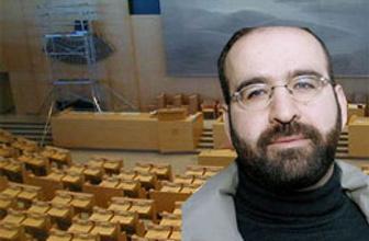 Türk kökenli milletvekili üzdü