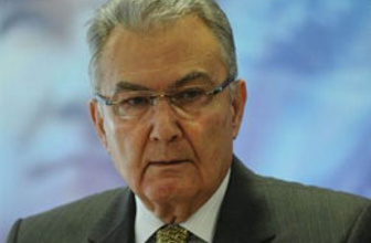 Baykal Kalecik'de hükümete çattı