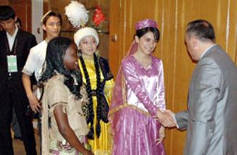 Türkçe Olimpiyat öğrencileri ziyarette
