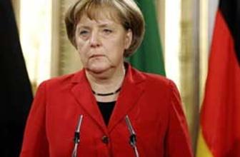Merkel'den borçlu ülkelere şok çağrı