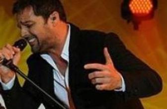 Ricky Martin'e eşcinsel onur ödülü