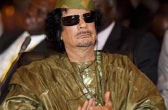 Kaddafi yol haritasına onay verdi